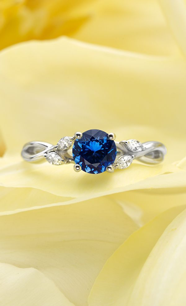 GORGEOUS 18K WHITE GOLD SAPPHIRE WILLOW DIAMOND RING!!! Sapphire is my favorite and this is a beautiful design.
