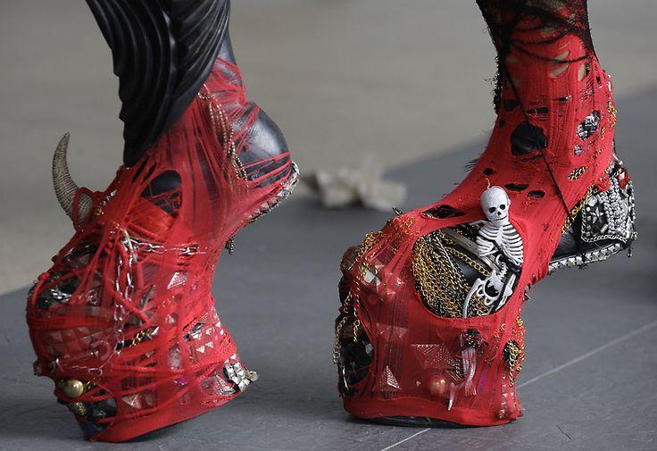 lady gaga shoes | Lady-Gaga-shoes-5.21.12.jpg