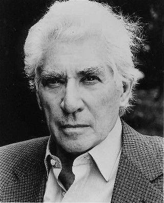 Oscar Nominated Actor Frank Finlay, 89, Dies #TheThreeMusketeers #Othello http://getreallol.com/oscar-nominated-actor-frank-finlay-dies-at-89/