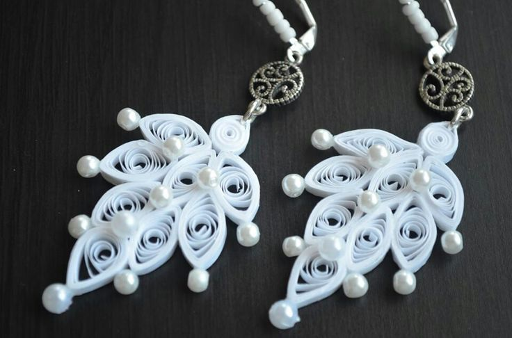 Quilling Earrings Designs Using Comb : 25+ best ideas about Quilling earrings on Pinterest Quilling jewelry, Paper quilling earrings ...