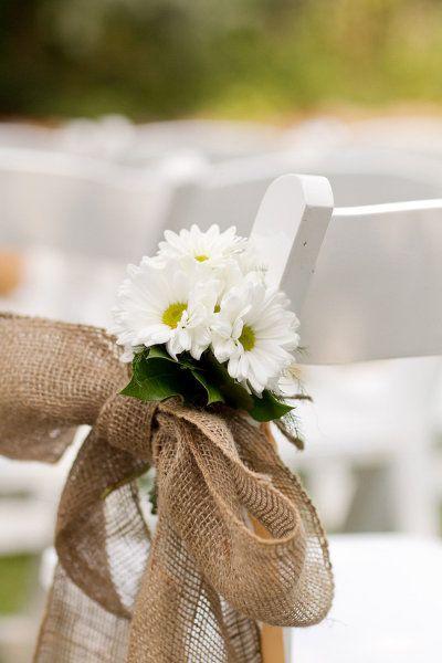 <3 daisy - MillCreek Barns Wedding from Jen Lynne Photography + Stella Event Design