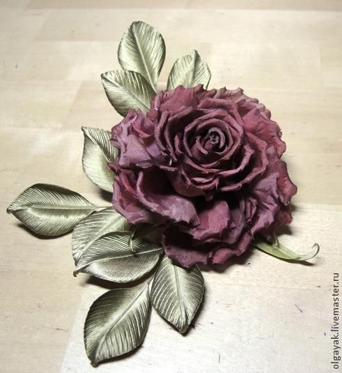 Excellent tutorial for making realistic roses