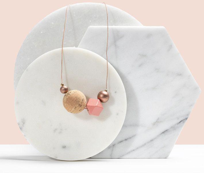 Geschenke für Frauen - Halskette `Puderpinkerschimmerschein` - ein Designerstück von fraeuleinmimmi bei DaWanda
