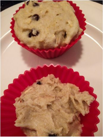 This recipe is a great way to unwind from a long day. Who can say no to fluffy gluten-free muffins made in a jiffy after a long day?