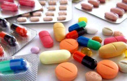 Νέες διαστάσεις παίρνει η υπόθεση της έλλειψης 200 και πλέον φαρμάκων για χρόνιες και σοβαρές ασθένειες (καρκίνος, αρθρίτιδα, κ.ά.)    Read more: http://rizopoulospost.com/stelnoun-ta-farmaka-eksw/#ixzz2MqImNcTp   Follow us: @RizopoulosPost on Twitter | RizopoulosPost on Facebook