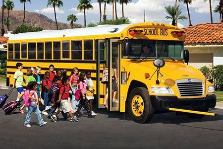 Consejos para mantener seguros a los niños en autobuses escolares