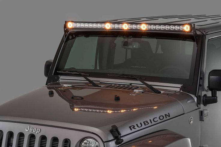 More than a powerful 18,000 lumens off road light bar! The all-new 270 watt Patent Pending J5 LED Light Bar features five integrated amber clearance cab lights that are illuminated by your parking light switch.