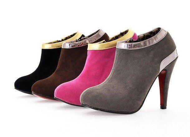 Τα σουέντ παπούτσια είναι ευαίσθητα απέναντι σε λεκέδες και γρατζουνιές και είναι δύσκολο να καθαριστούν. Δείτε πως, με τον σωστό τρόπο, θα κάνετε τα παπού