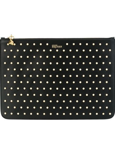Shop Alexander McQueen studded skull charm clutch in Stefania Mode from the world's best independent boutiques at farfetch.com. Shop 300 boutiques at one address.