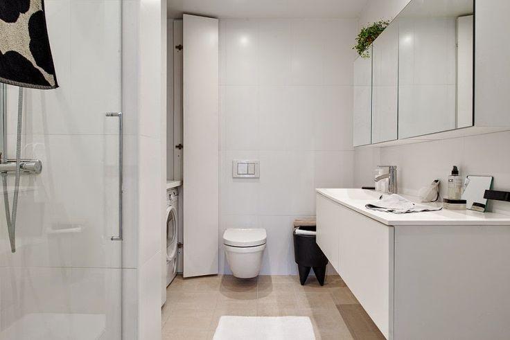 Interior de una casa acogedora en blanco