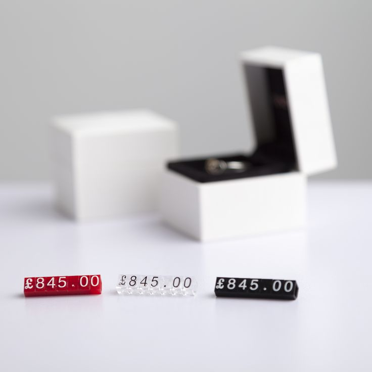 This point of sale price cube kit is available in either 280 or 700 piece 6 x 4mm cube packs. With existing configurations or customisable colours and fonts