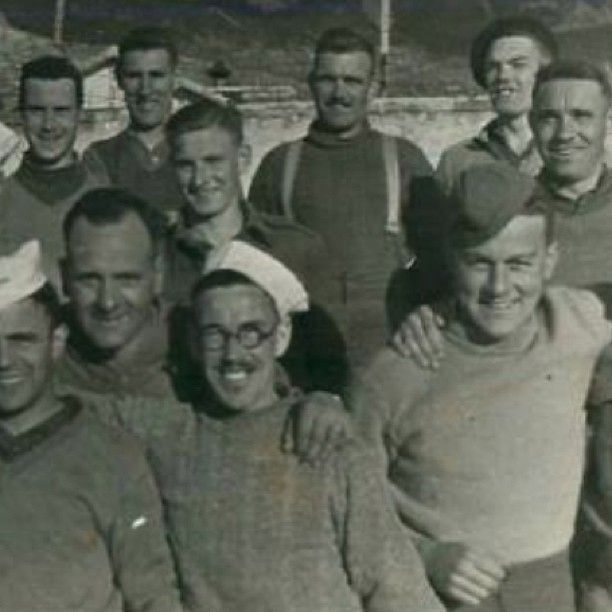 Love this shot of the X Troop as undaunted POWs after their capture at Tragino, Italy. Veterans of the UK's first ever airborne paratroop operation in Feb 1941.