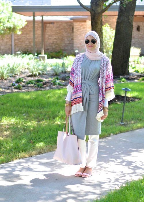 fringe kimono hijab style, Classy hijab outfits http://www.justtrendygirls.com/classy-hijab-outfits/
