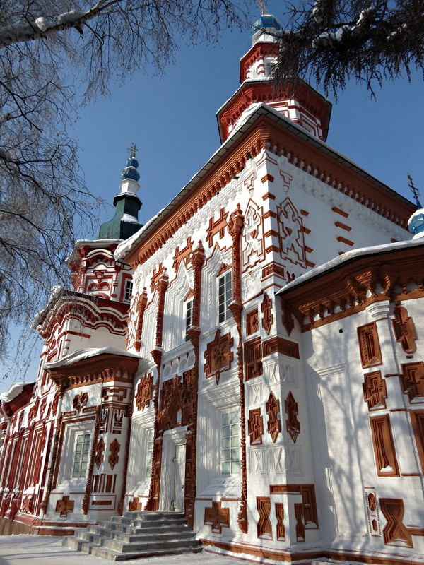 This church in Irkutsk is not wooden, but it is so beautiful, that I could help adding it to the board.