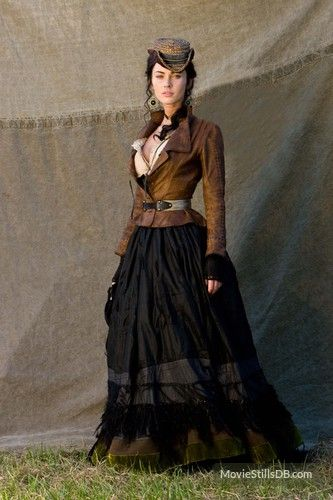 Megan Fox in Jonah Hex. I love this look for steam punk- not too many gadgets and gizmos, just pretty lines.
