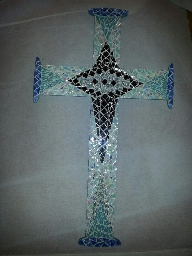 'Saved' - mosaic cross.  Own design. : Neeltje Wasmuth
