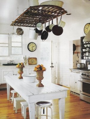 love the hanging pots and the white with chocolate brown ...