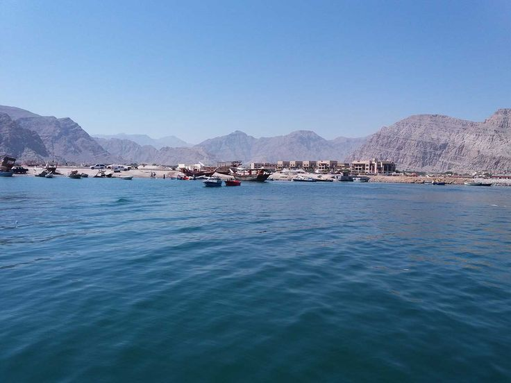 One of the must-do activities in Musandam is the fjords ride on a traditional Omani boat. Khasab and other cities in Musandam are all made up of a variety of rock formations branching in and out of the ocean that extend to form the Omani tip of the Strait of Hormuz. #travel #MusandamFjords #Oman #tourism #Khasab