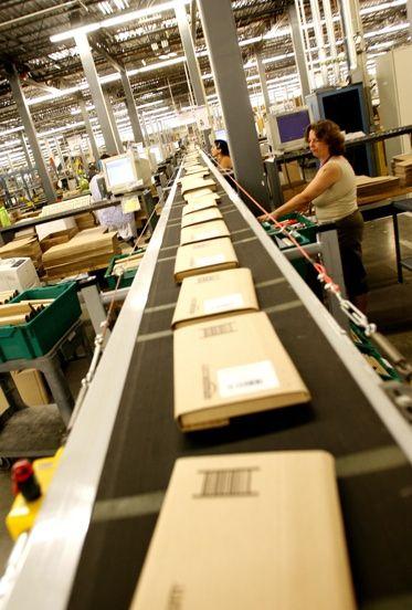 Amazon Warehouse -- Amazon plans to open 1million square foot fulfillment center in California.