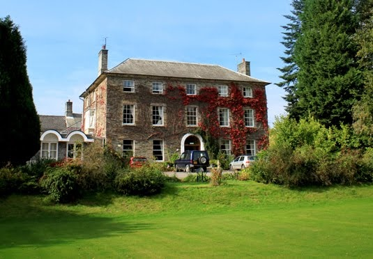Bed, breakfast and Prosecco in a quirky country house hotel in the Pembrokeshire countryside