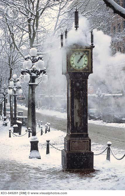 Vancouver Steam Clock Gas Town in winter via Tammy Sandstrom