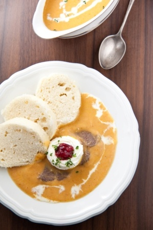 Beef Sirloin in cream sauce and dumplings