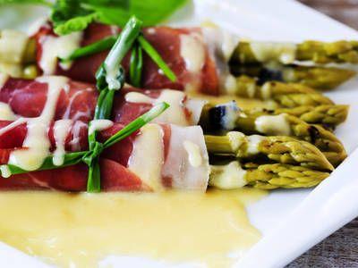 Paleo-Friendly Prosciutto Asparagus