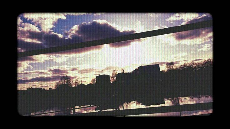Neckclippa - Clouds (90's Instrumental HipHop)
