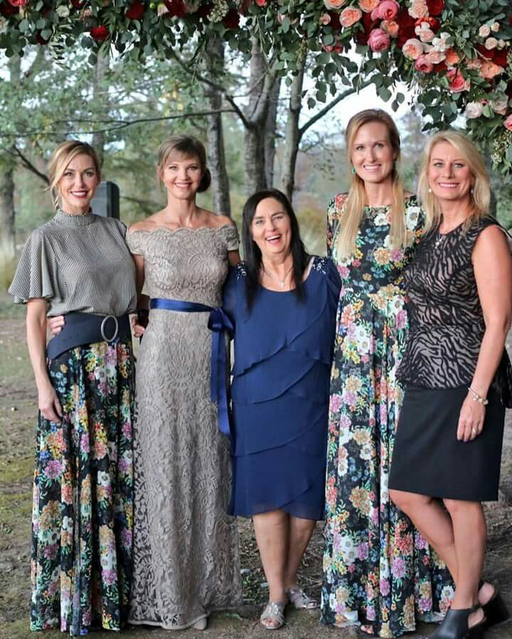 Robertson ladies at Reed and Brighton's wedding