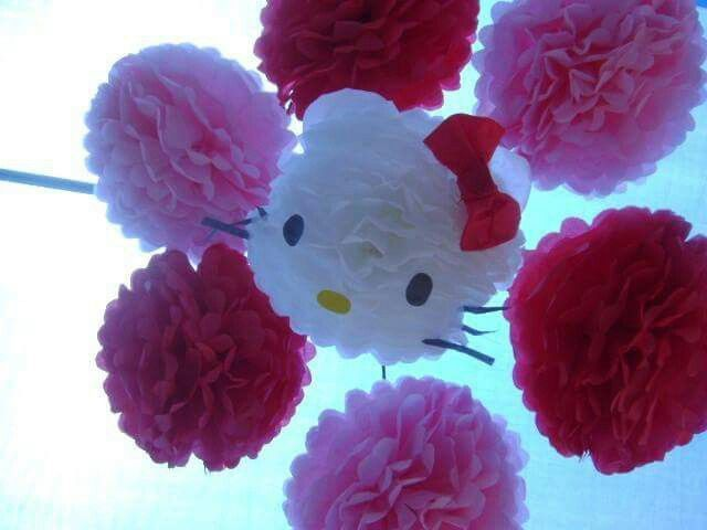 Hello Kitty Ideas Con Pompones De Papel Pinterest