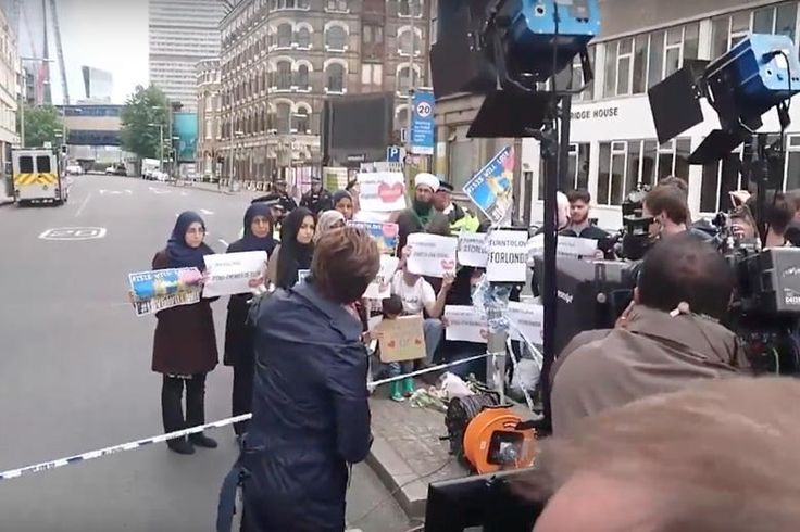 Behind-the-scenes video surfaces of CNN staging a fake, anti-ISIS protest by British Muslims.