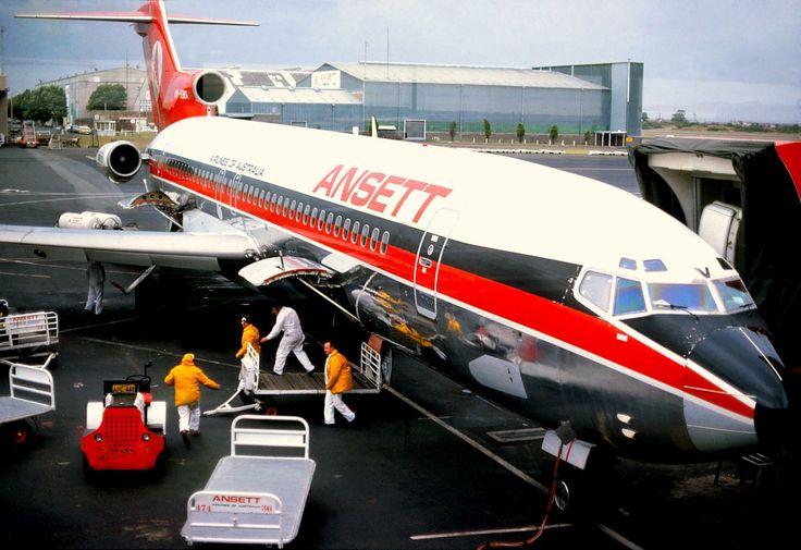 Ansett Boeing 727-200 (VH-RMV)