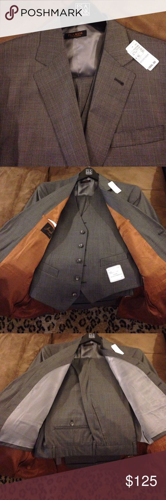 Jos A Bank NWT Grey Glenn Plaid 3 Piece Suit 41R Joseph By Jos. A. Bank Grey Glenn Plaid 3 Piece Tailored Fit Suit size 41R Regular, 2 Button and Double Vented! Pants are size 36x30, Flat Front and Cuffed! NEW WITH TAGS!!! Please make REASONABLE offers and Bundle! Ask questions :) Jos. A. Bank Suits & Blazers Suits