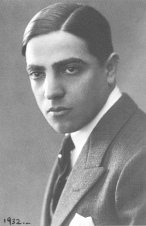 Aristotle Onassis was born in Smyrna in 1906 – throughout his life he maintained two passports, with two very different dates of birth. He was known for his business success, his great wealth and also his personal life, including his marriage to Athina Livanos, daughter of shipping tycoon Stavros G. Livanos, his affair with opera star Maria Callas and his marriage in 1968 to Jacqueline Kennedy, the widow of President John F. Kennedy.