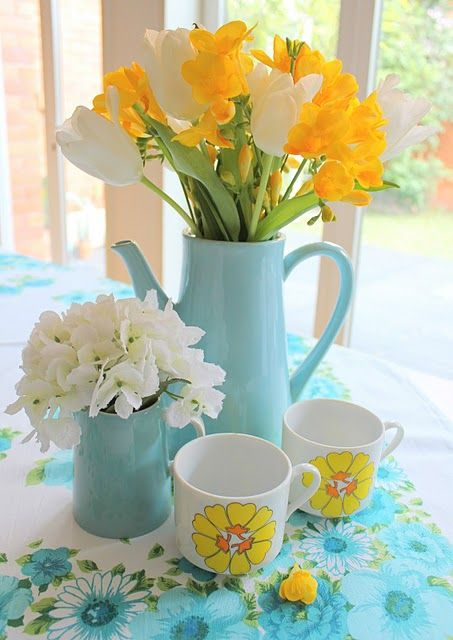 vintage yellow and blue. Teapot & mugs. All my loves in one place.