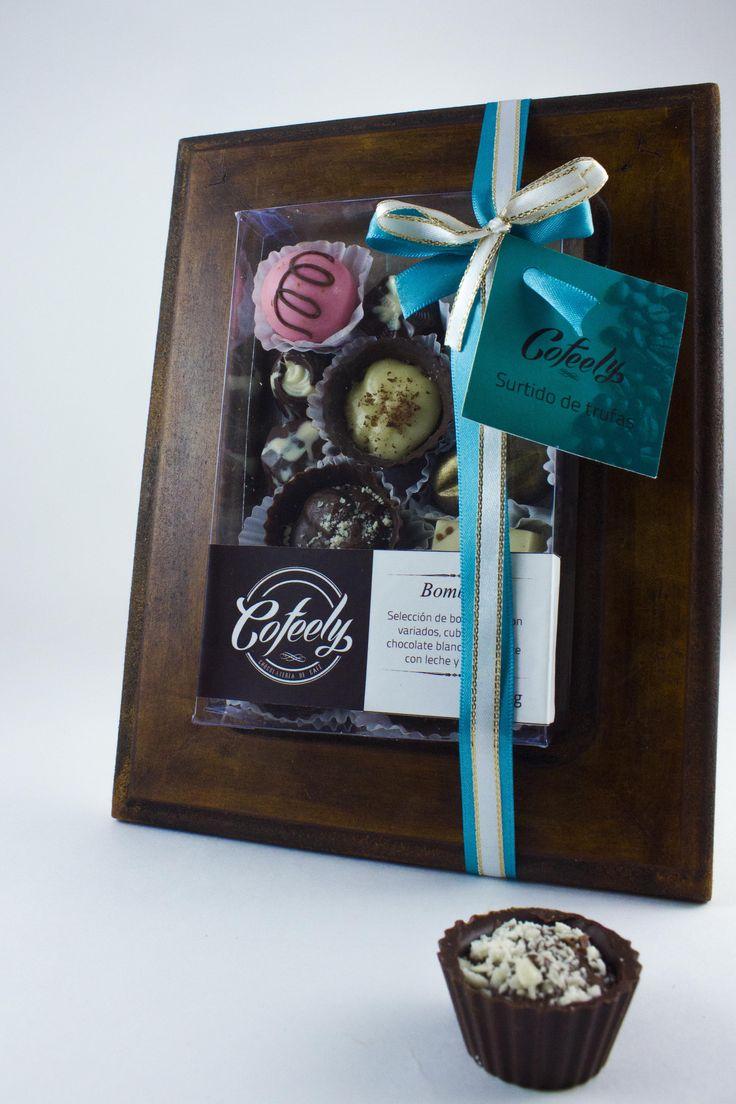 Portarretrato regalo con caja de bombones para que nunca te olviden.  8 Ud (96 gr) $25.500