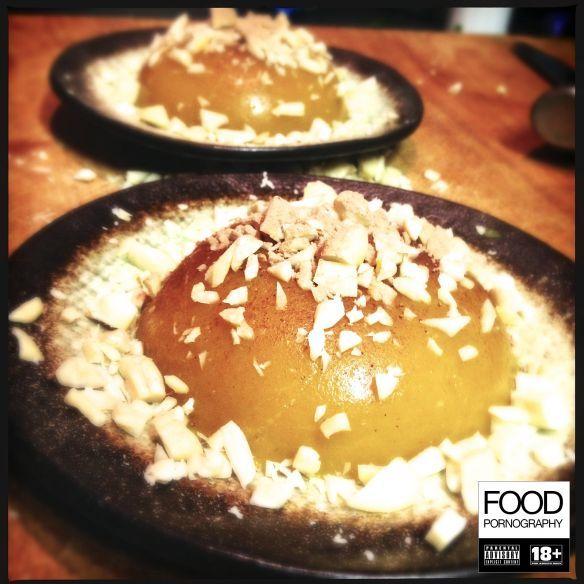 Almond Storm: budino di mango con pepite di mandorle