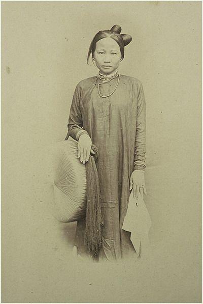 Annamite Girl  photographer: unknown  circa: 1870  location: Annam (South Vietnam)