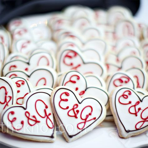 """Edible favours - heart shaped cookies with initials.... Sorry, I just can't help myself Pinning when the initials are """"E"""""""