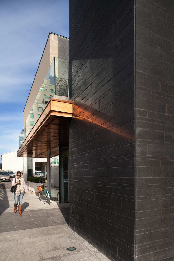 Gallery of Shops of Summerhill / AUDAXarchitecture - 3