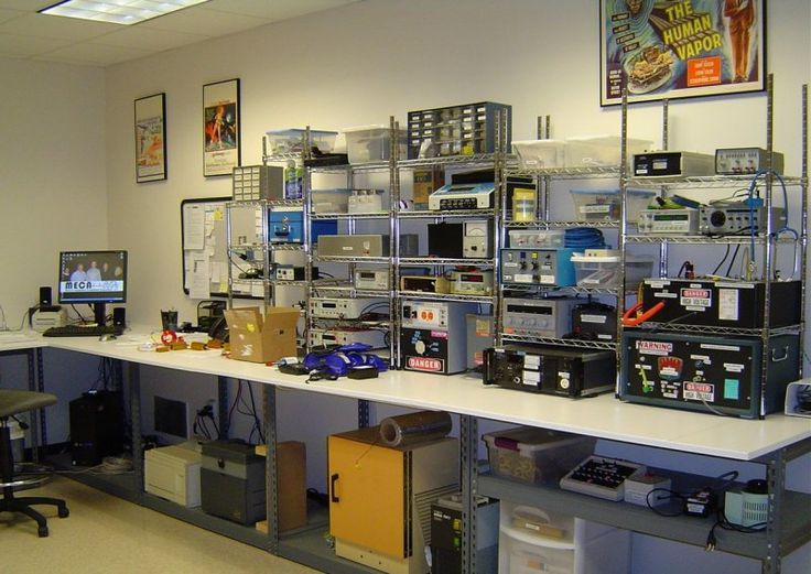 electronics lab | Electronics Lab | work shop | Pinterest