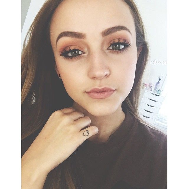 Kathleenlights Makeup Vanity : Love these falsies in the style BAMBIE from House Of Lashes (my eyes are all MUG) Makeup ...