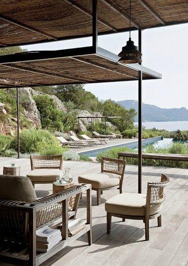 Lounge  Stone & Living - Immobilier de prestige - Résidentiel & Investissement // Stone & Living - Prestige estate agency - Residential & Investment www.stoneandliving.com