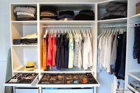 Viele von euch haben es schon gesehen, aber ich wollte es trotzdem noch auf meinen Blog stellen. Unser Ankleidezimmer.     Ich glaube e...