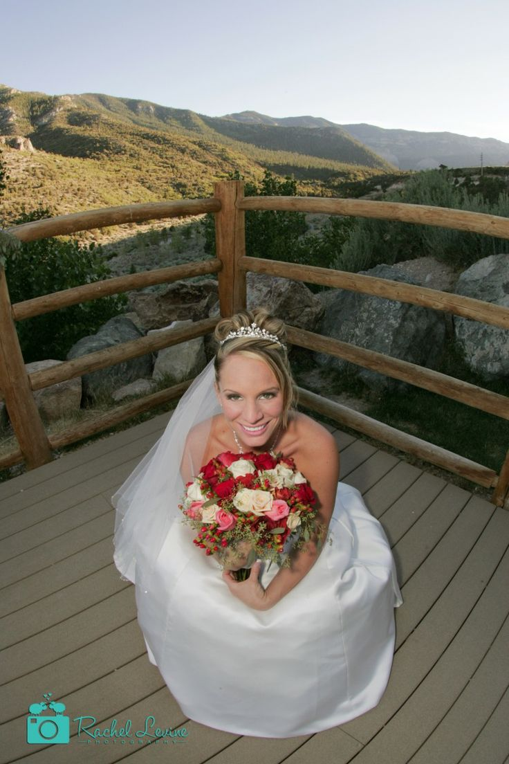 Some flowers hold on your hand to make your perfect wedding.They are red and white yo give you a glow of beauty. http://www.rachellevinephoto.com/  #wedding #marriage #rusticwedding #bride #bouquet