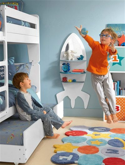 This space-saving 2-in-1 rocket-theme bedside unit and mirror will be a real hit with budding astronauts!