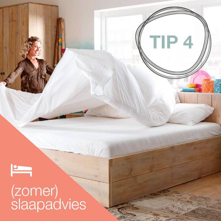 WITTE TEGEN HITTE - Ga voor witte lakens  in de zomer. De kleur wit weerkaatst zonlicht waardoor je bed geen warmte opneemt en heerlijk koel aanvoelt 's avonds.