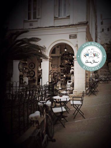 Domus Corfu is a very interesting shop that you can find beautiful furnitures along with Annie Sloan Chalk Paint . Elena will be there for you.   η Έλενα σας περιμένει με τα υπέροχα επιπλά της και τα χρώματα της Annie Sloan στο Domus στην Κέρκυρα