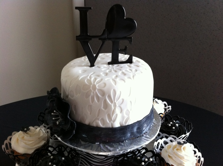 Inch And Inch Wedding Cake
