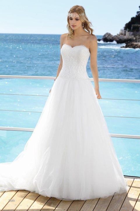 Affinity trouwjurk - model Beth -Xsasa bruidsmode
